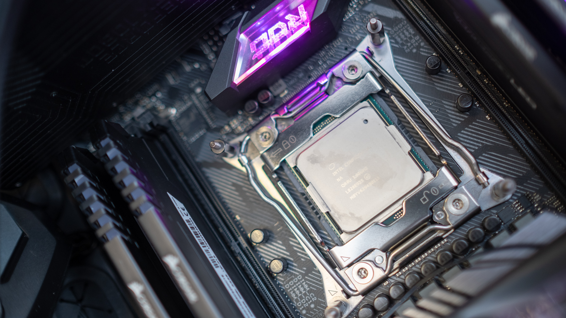 Intel Core i9-9980XE review