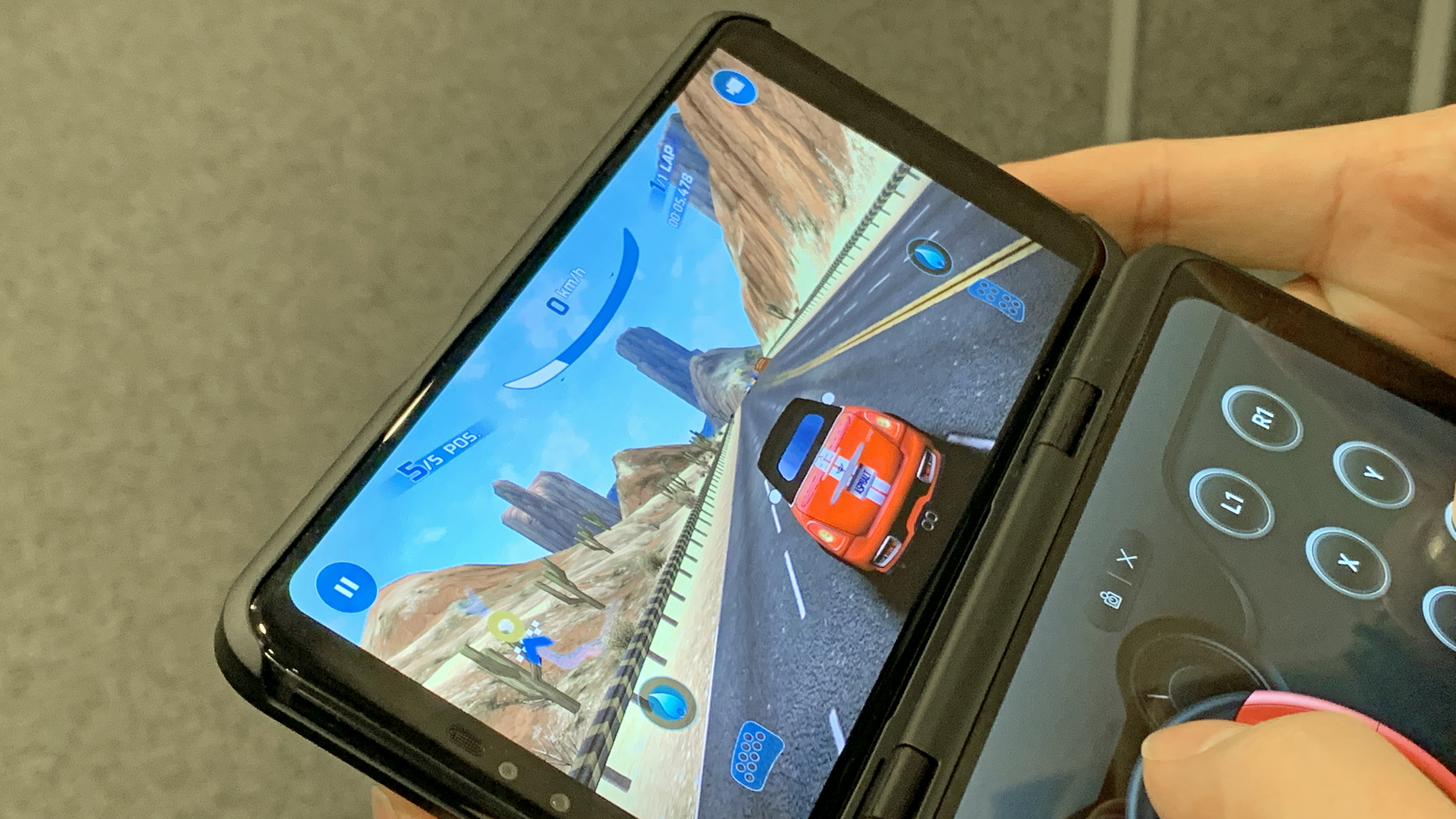 DualScreen: first look LG's alternative UPvaRWq3dXH4gR4PqdfC