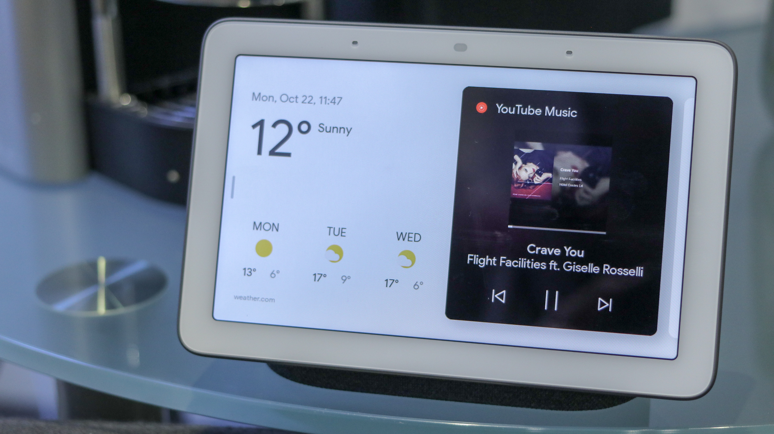 A photo of the Google Home Hub