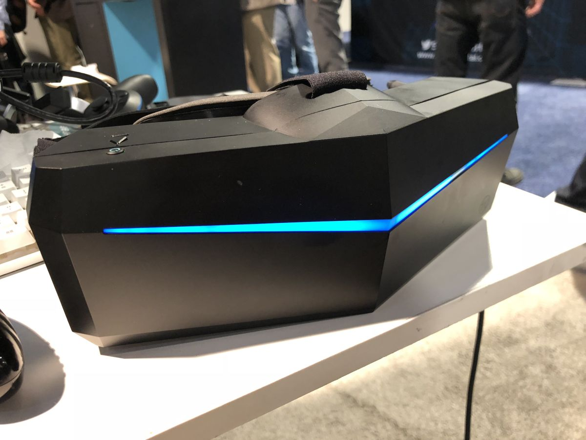 I tried Pimax's 5K and 8K VR headset with 200-degree field of view