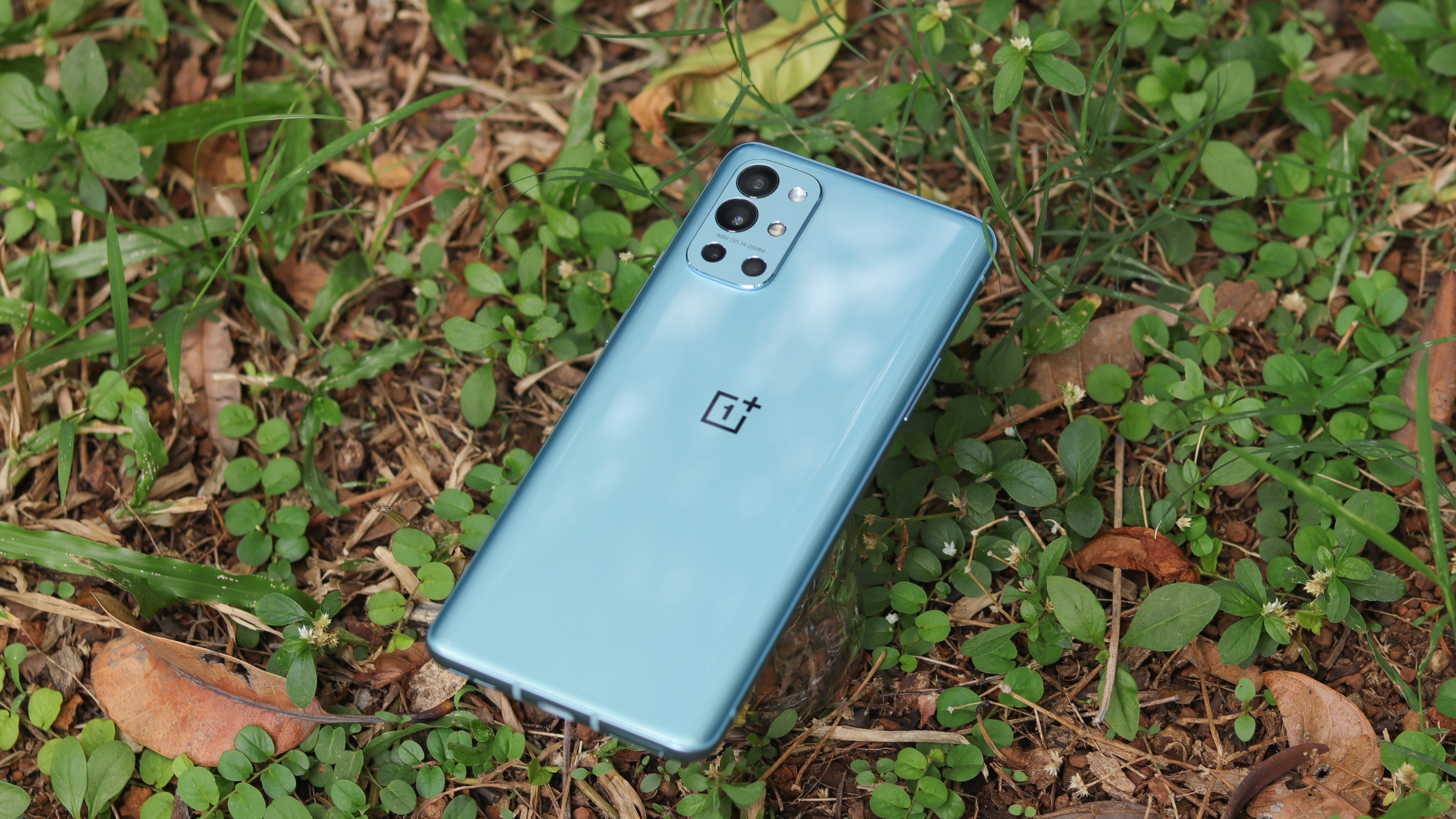More OnePlus 9RT and OnePlus Buds Z2 particulars seem earlier than launch day thumbnail