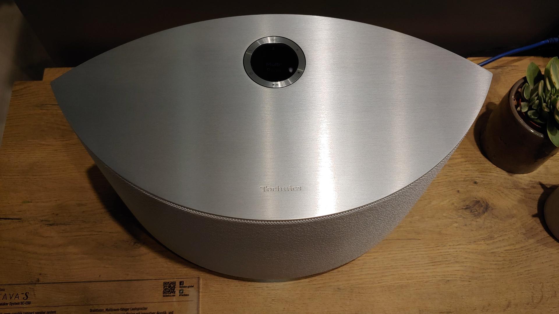 Take a peek at Technics' futuristic Ottava S SC-C50 wireless Chromecast speaker