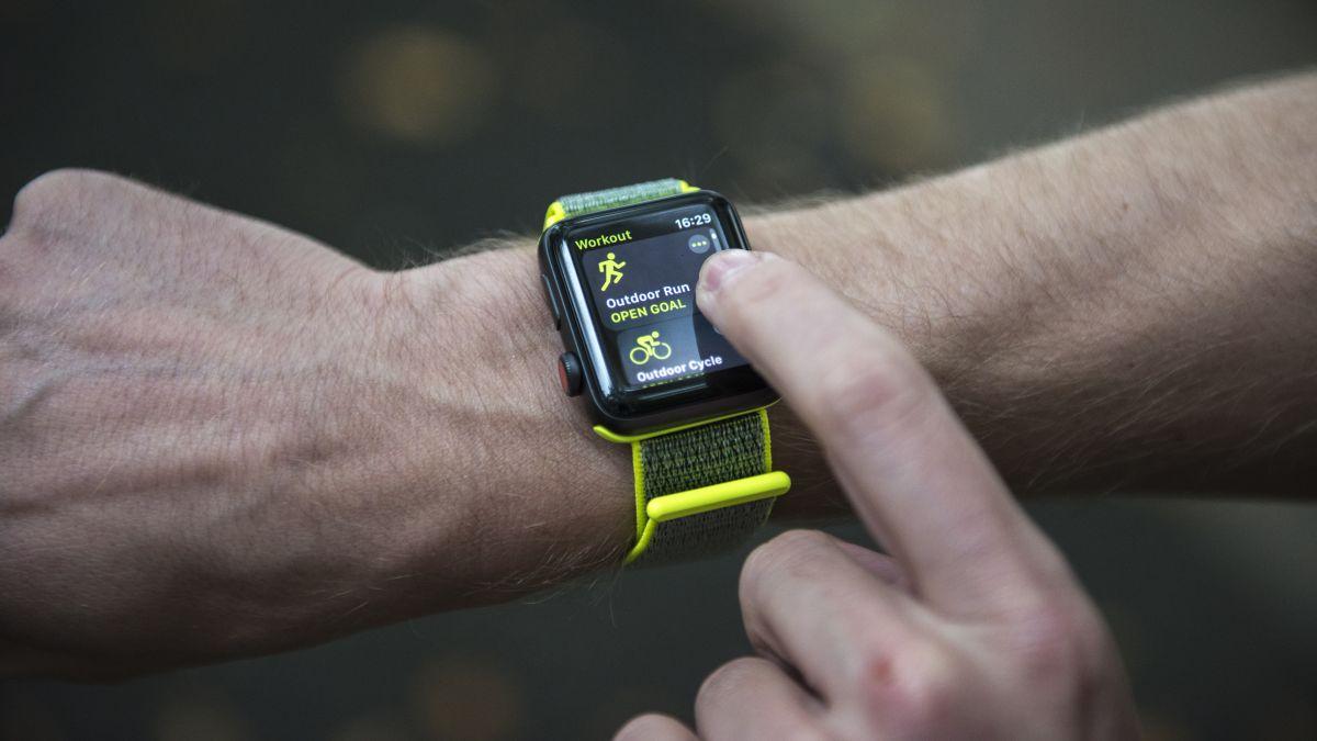 Apple Watch 3 tops best smartwatch list