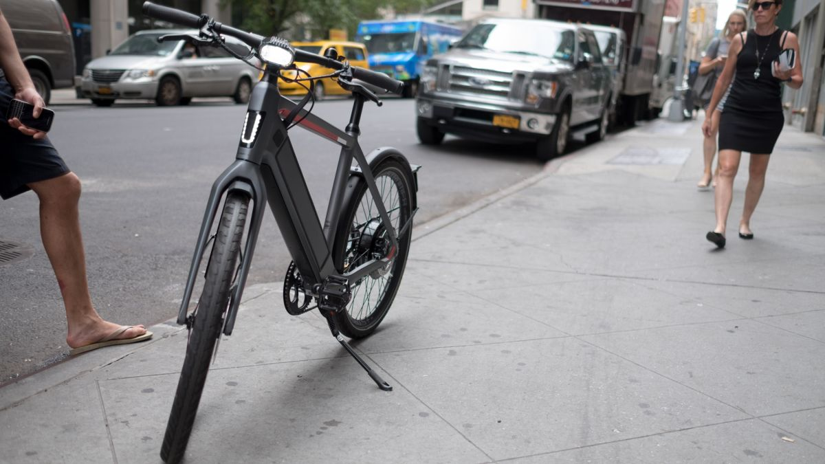 Going 30 mph on an electric bike in NYC is terrifyingly awesome