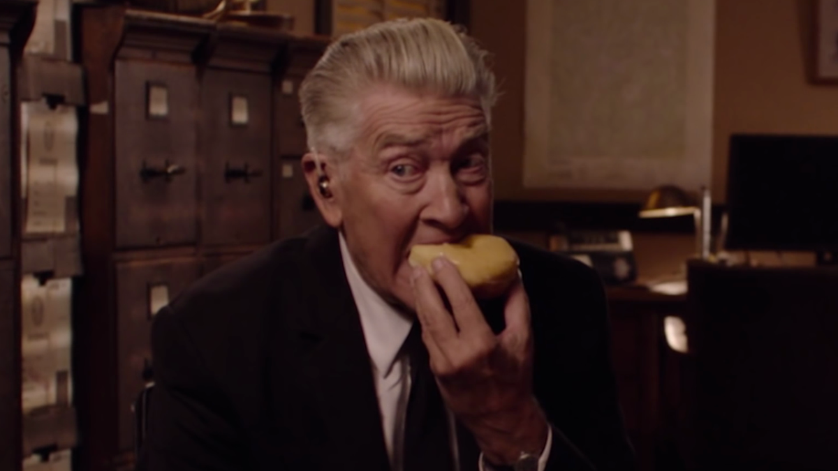 """twin peaks dating Now issa goes to her bff molly for dating lessons (""""can you teach me to  along with co-creator mark frost, to pull off all 18 hours nothing like twin peaks: ."""