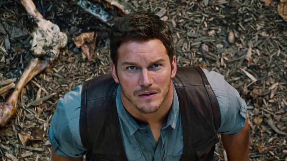 Watch the first, brief footage from Jurassic World 2 - aww, lookit the widdle raptor!