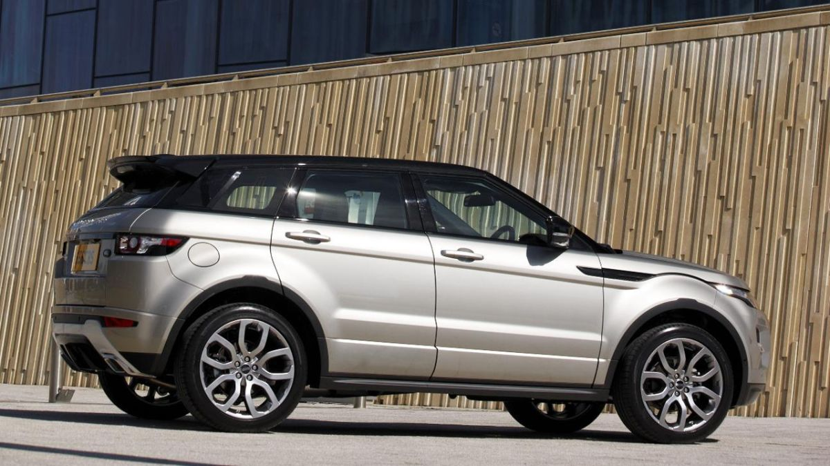 range rover evoque high tech infotainment system on test. Black Bedroom Furniture Sets. Home Design Ideas
