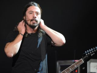 Foo Fighters Cover Pink Floyd Mccartney Prince On New