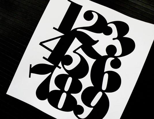 Poster Bodoni font