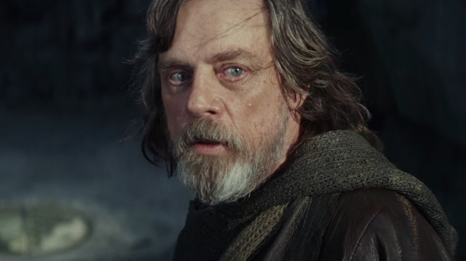 Mark Hamill has an alien cameo in Star Wars: The Last Jedi that you DEFINITELY missed