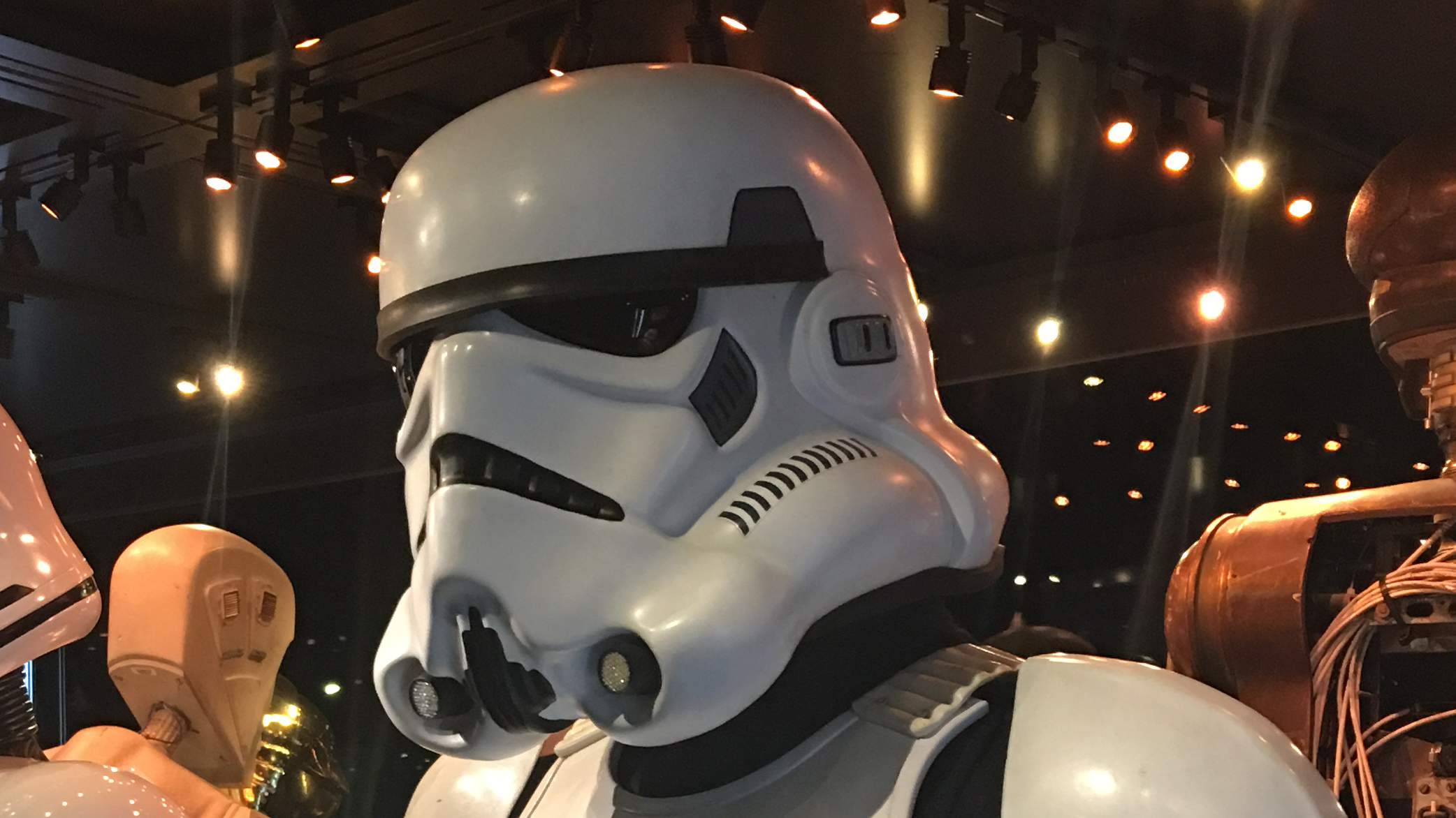 You can thank Stormtroopers for the look of Apple AirPods