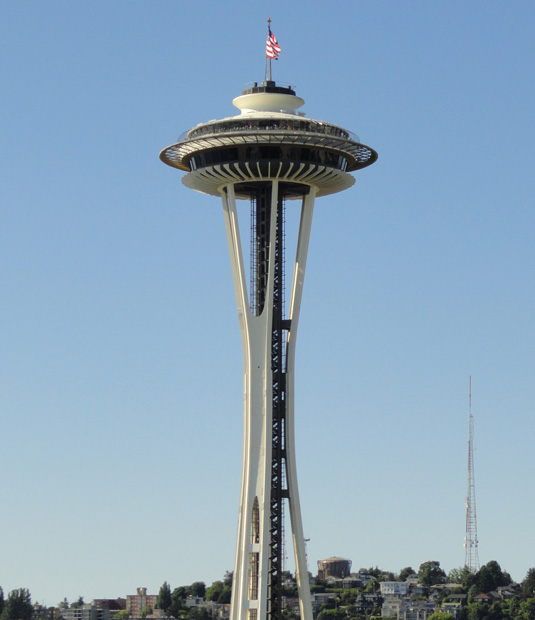 Famous buildings: Space Needle in Seattle