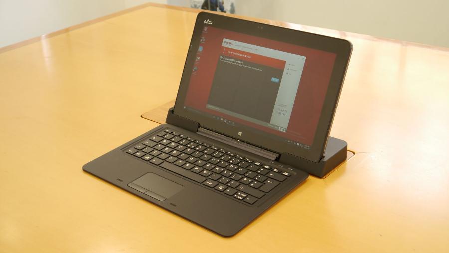 Fujitsu Stylistic R726
