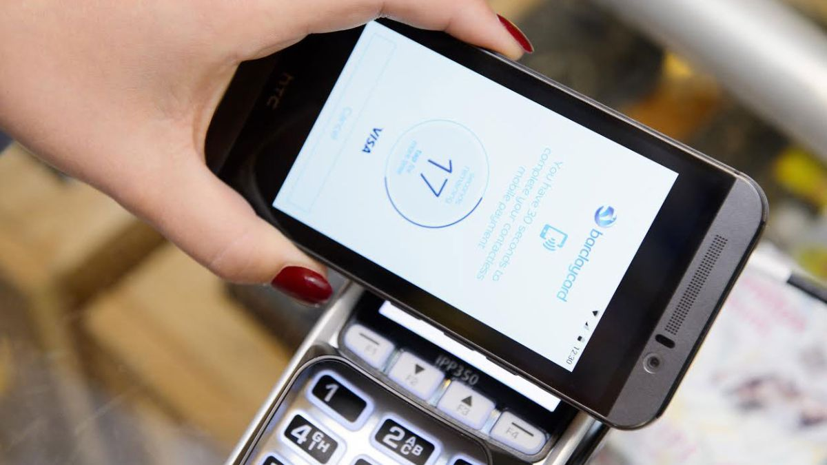 Buying A Car Using Apple Pay