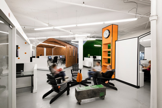 Astounding 12 Stimulating Design Offices To Stir The Senses Tapatalk Largest Home Design Picture Inspirations Pitcheantrous