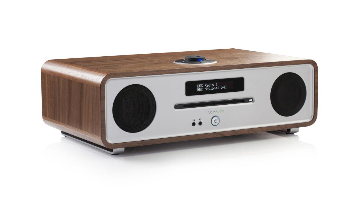 ruark audio r4 mk3 review techradar. Black Bedroom Furniture Sets. Home Design Ideas