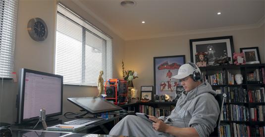 freelance vs studio