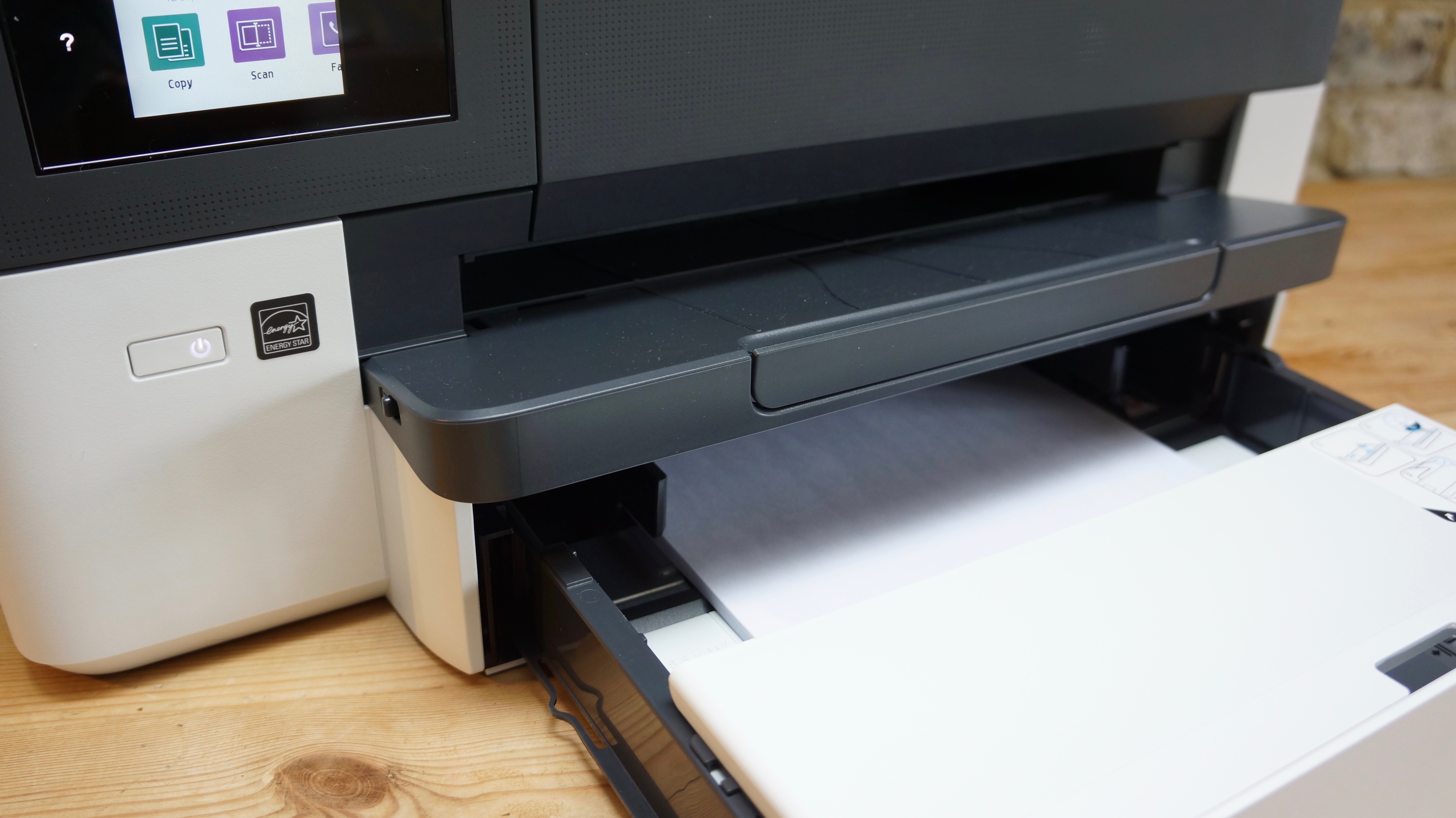 Paper tray and printer