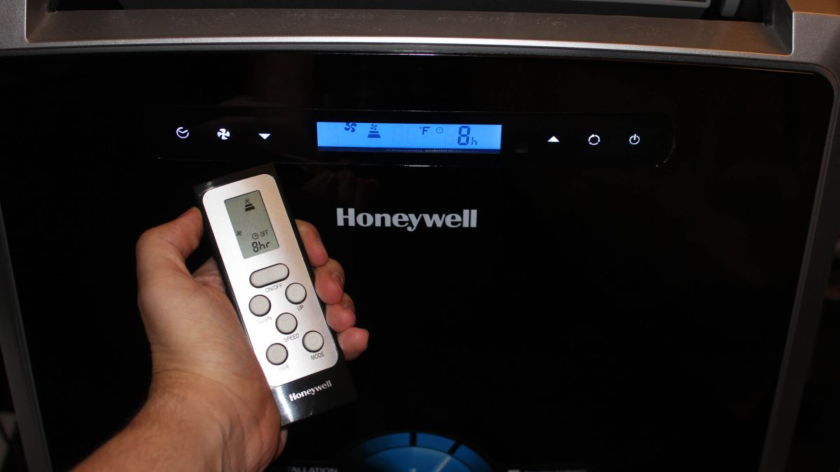 Honeywell Mm14ccs 14 000 Btu Portable Air Conditioner