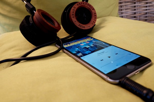 iPhone 6 Plus and Grado RS1e