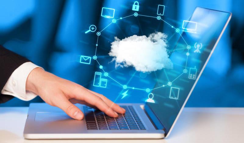 Laptop accessing cloud storage