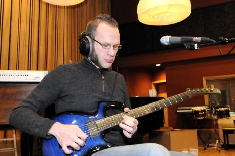 adam dutkiewicz parker guitar serial number