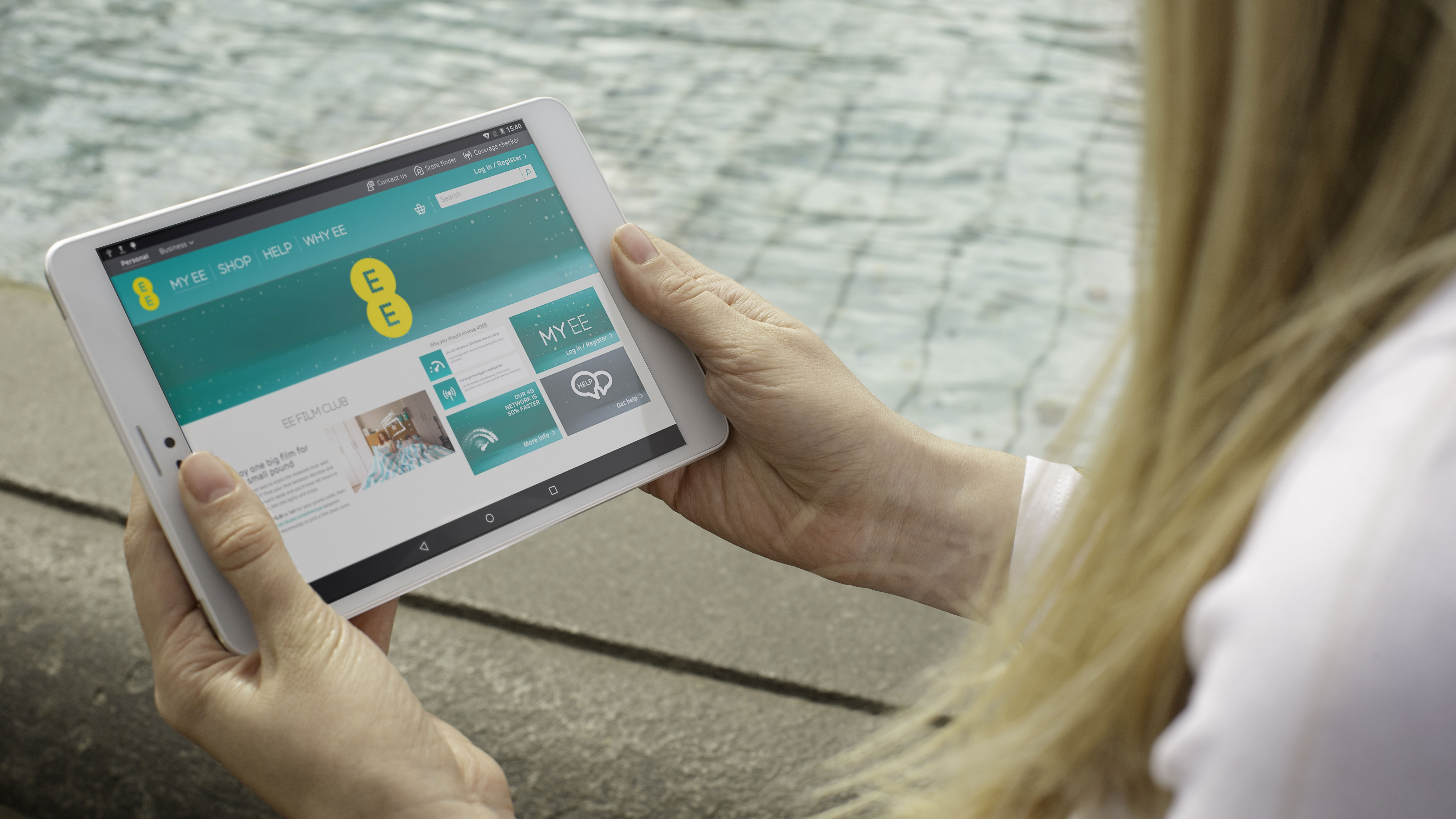 EE 'fills in' 12,000 square km of 4G notspots