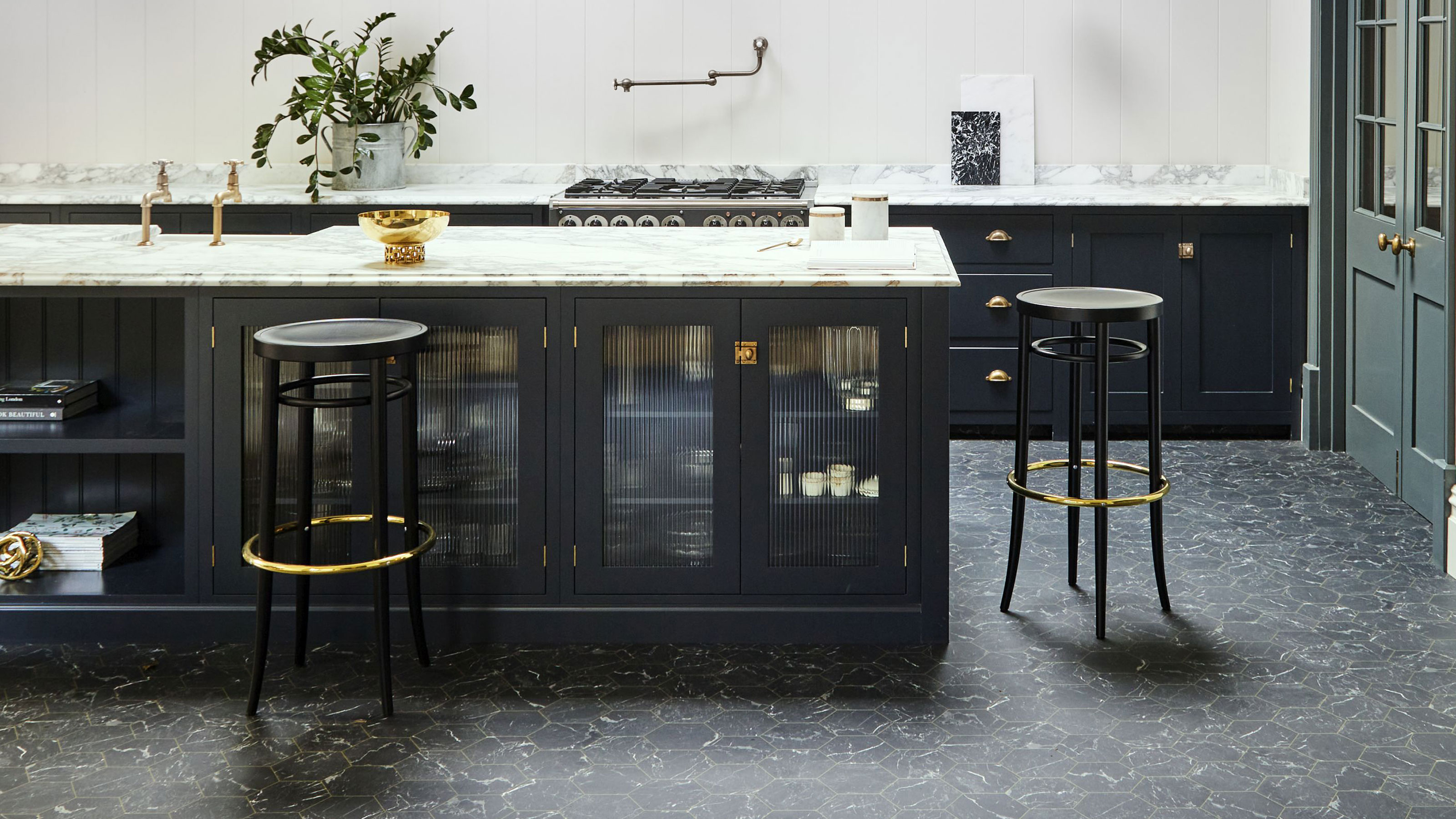 13 Kitchen Flooring Ideas Stylish Tiles Vinyl Wood Real Homes