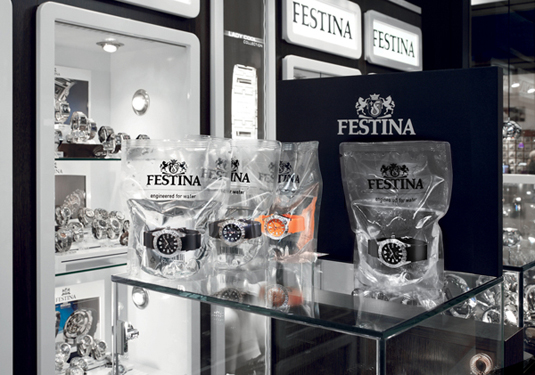 Festina water-filled packaging point of sale