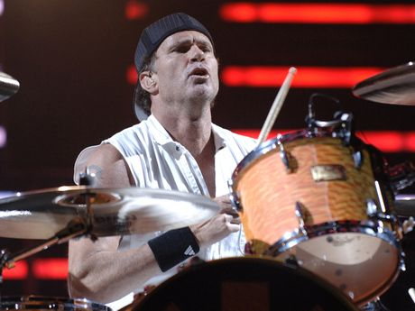 Chad Smith on new Bombastic Meatbats, Red Hot Chili ...