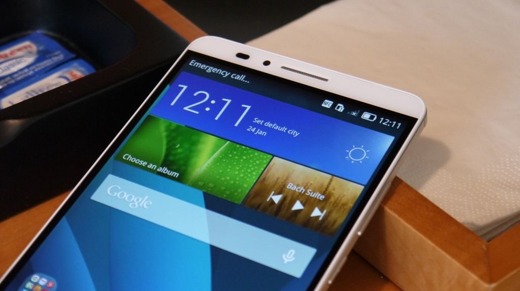 4k smartphone displays require big battery life compromise techradar. Black Bedroom Furniture Sets. Home Design Ideas