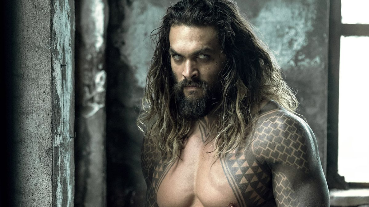 The Justice League Blu-ray has one (count 'em, *one*) deleted scene - but there's a catch