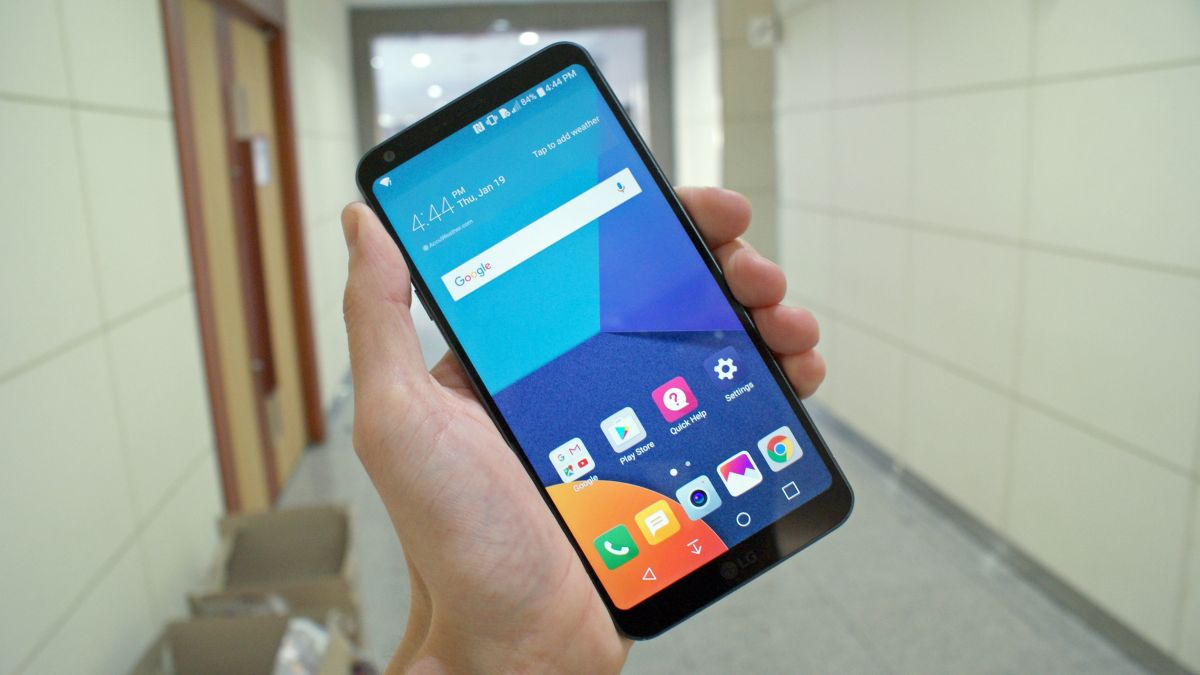 The LG G6 is Now Available in Australia and it Comes with a Bonus TV