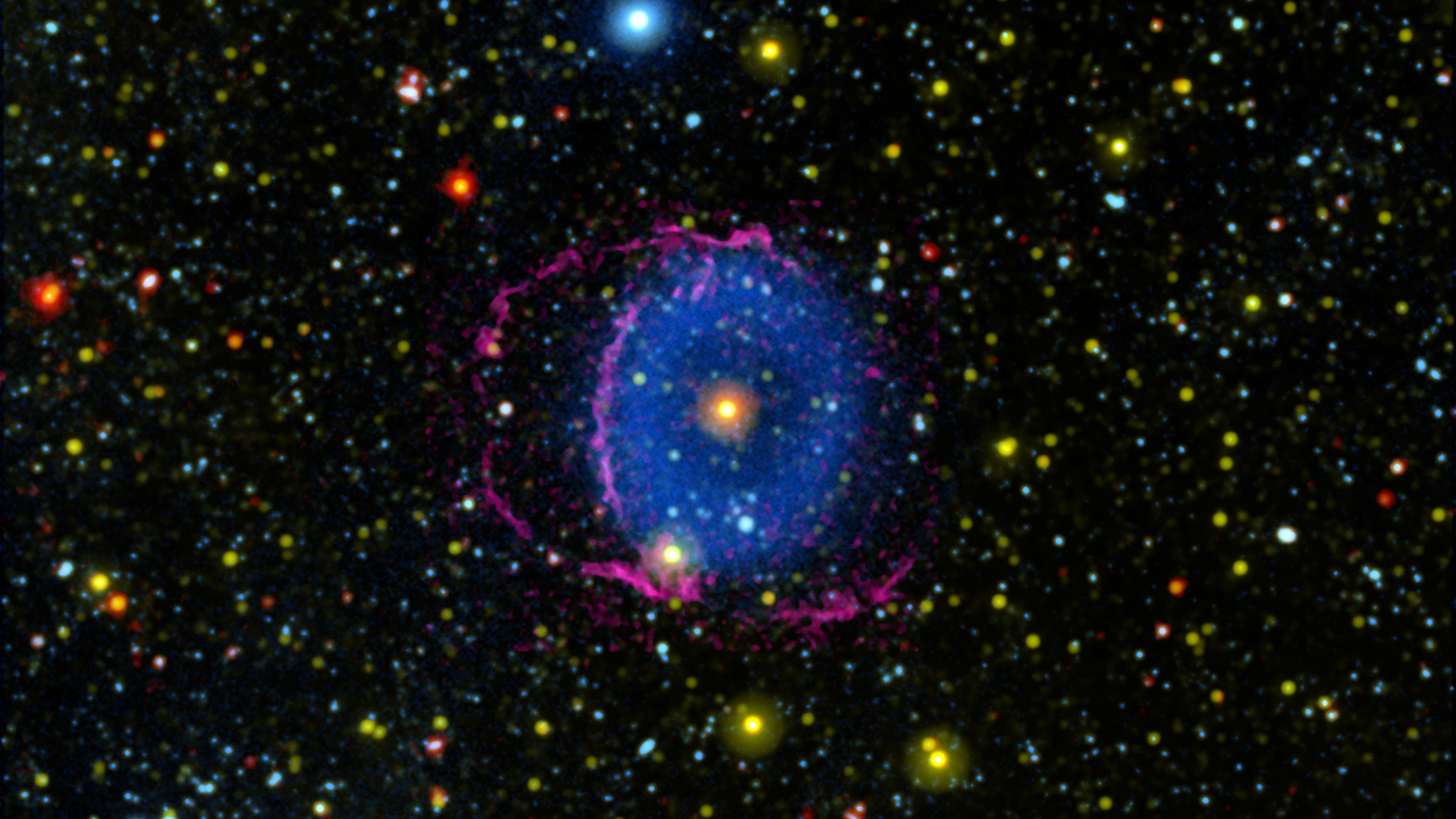 The dazzling Blue Ring Nebula