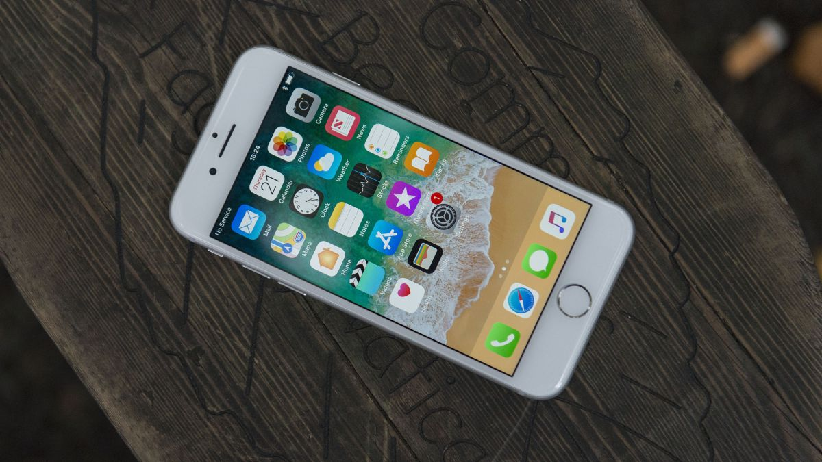 Worried about the iPhone 'text bomb'? Here's why it probably won't happen to you