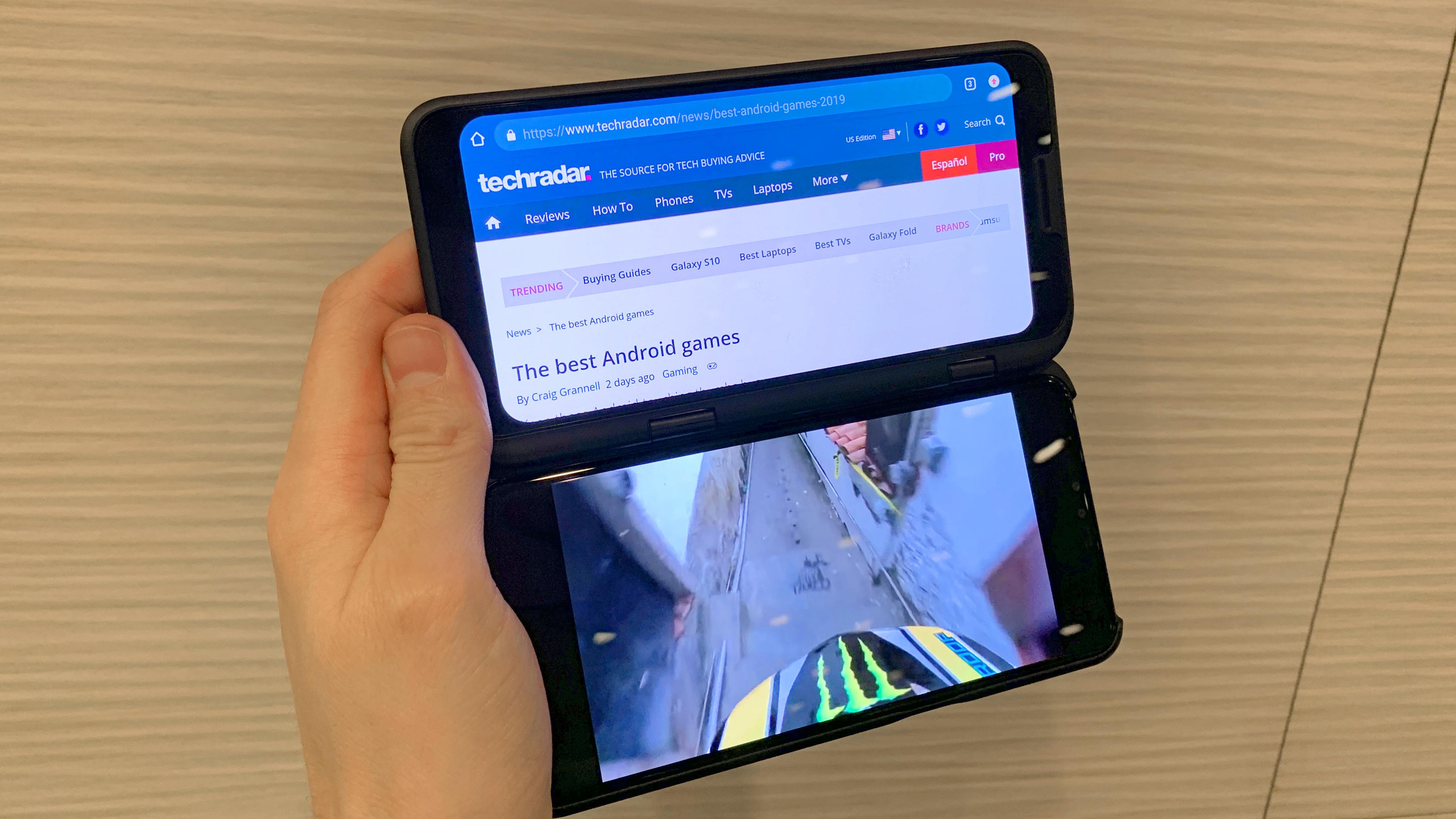 LG DualScreen: first look at LG