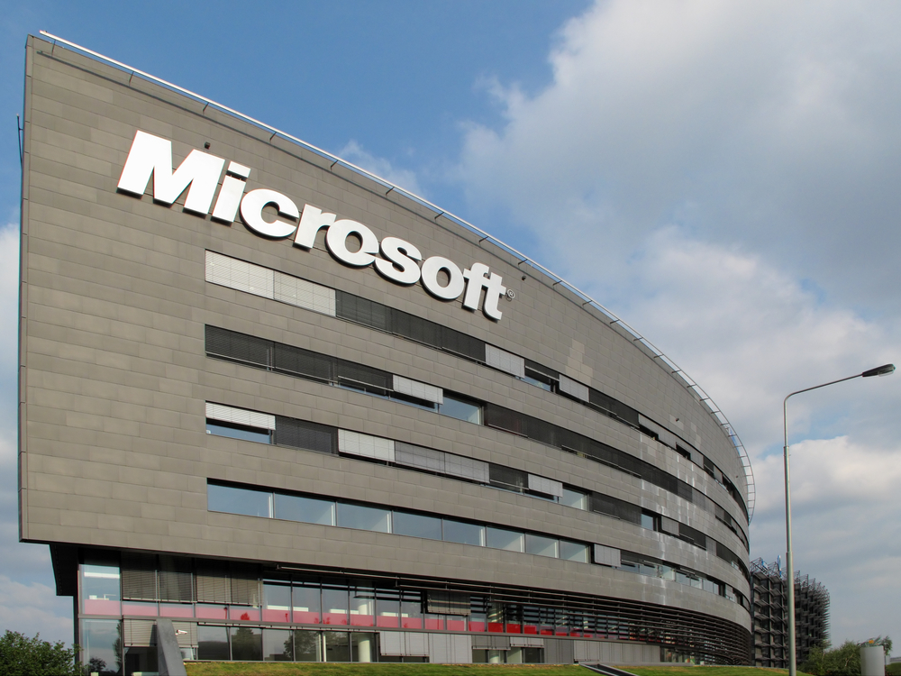Microsoft powers up its first United Kingdom data center regions