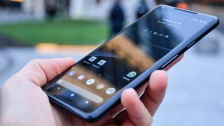 AndroidAuthority: Win Google Pixel 2 XL