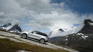 T3 takes in some epic Norweigan vistas from the comfort of the Range Rover Velar