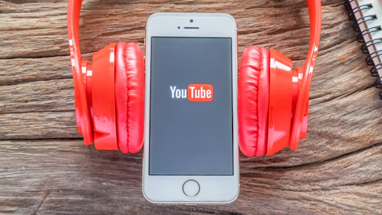 YouTube Music gets a slick way of switching to music videos