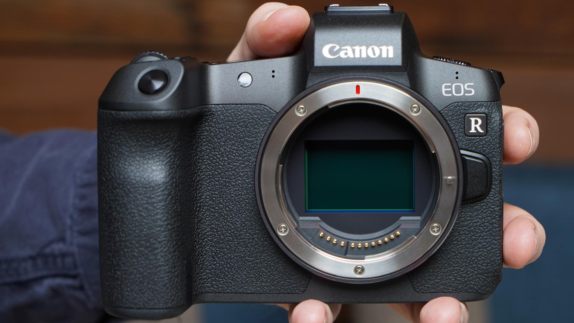 Best Mirrorless Camera 2020.83mp Canon Eos R Full Frame Mirrorless Camera Rumored To