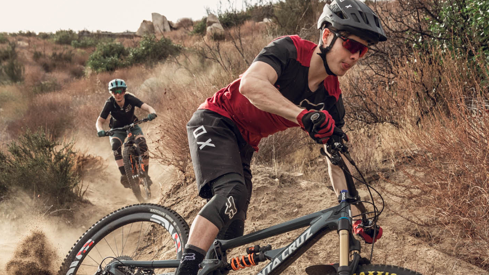 Mens Cycling Jersey and Shorts Set Short Sleeved Bike Jersey and Shorts Mountain Clothing Summer Wear Quick-Dry