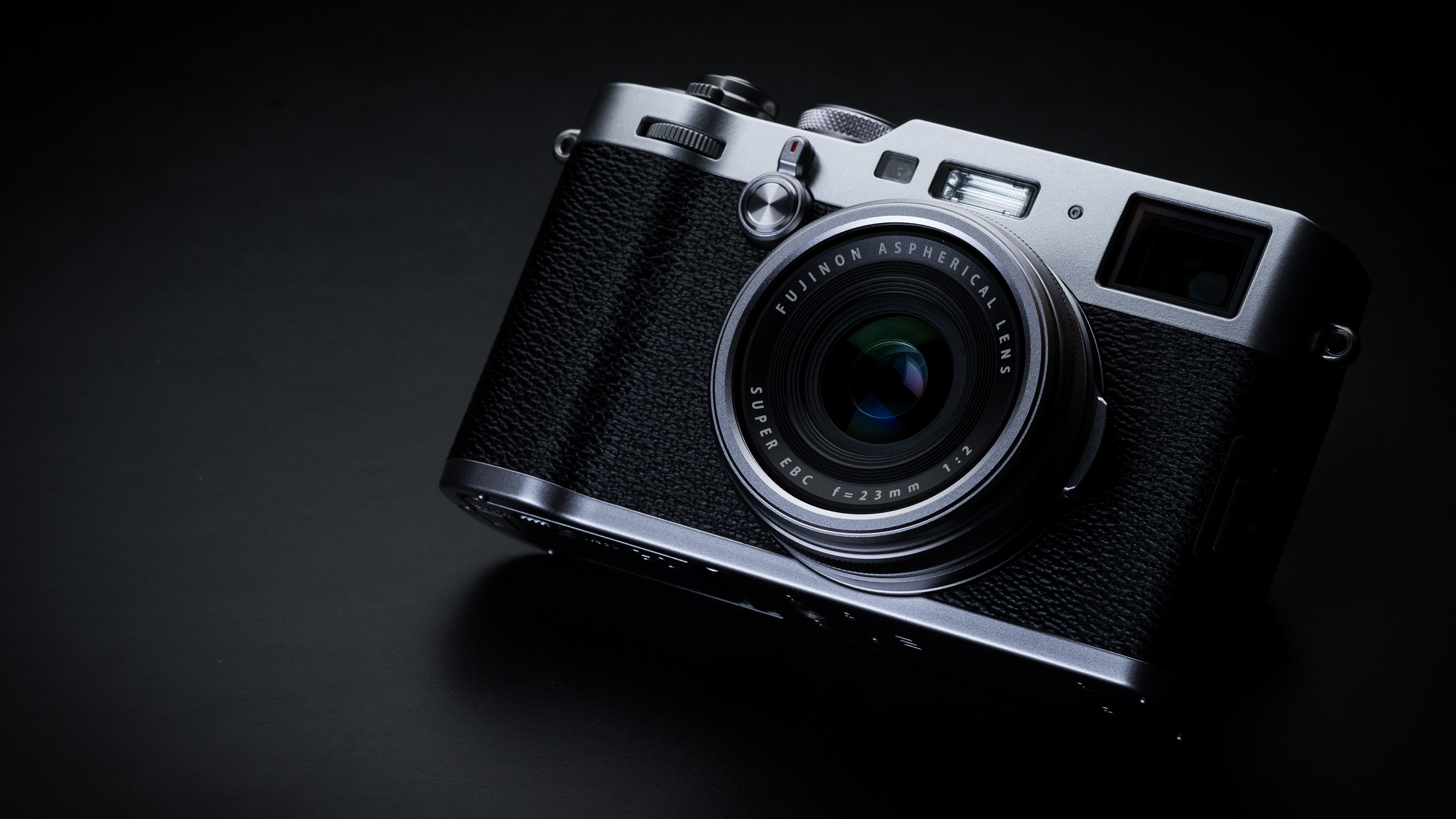 Best compact camera: Fujifilm X100F