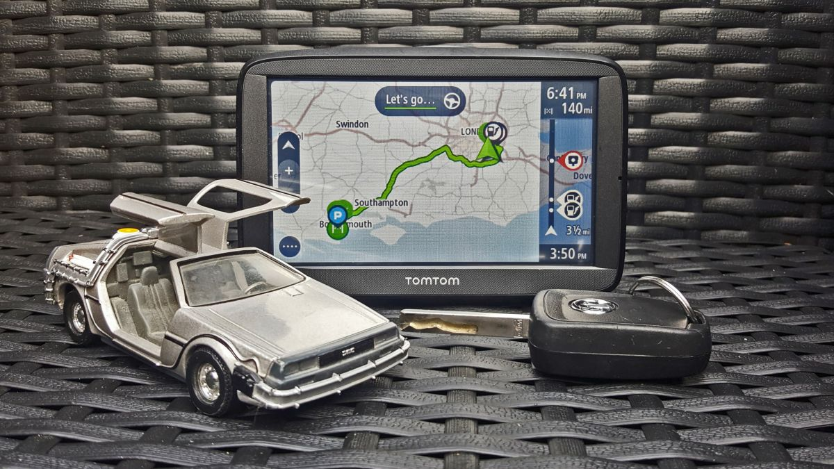 tomtom via 52 review features performance and verdict. Black Bedroom Furniture Sets. Home Design Ideas