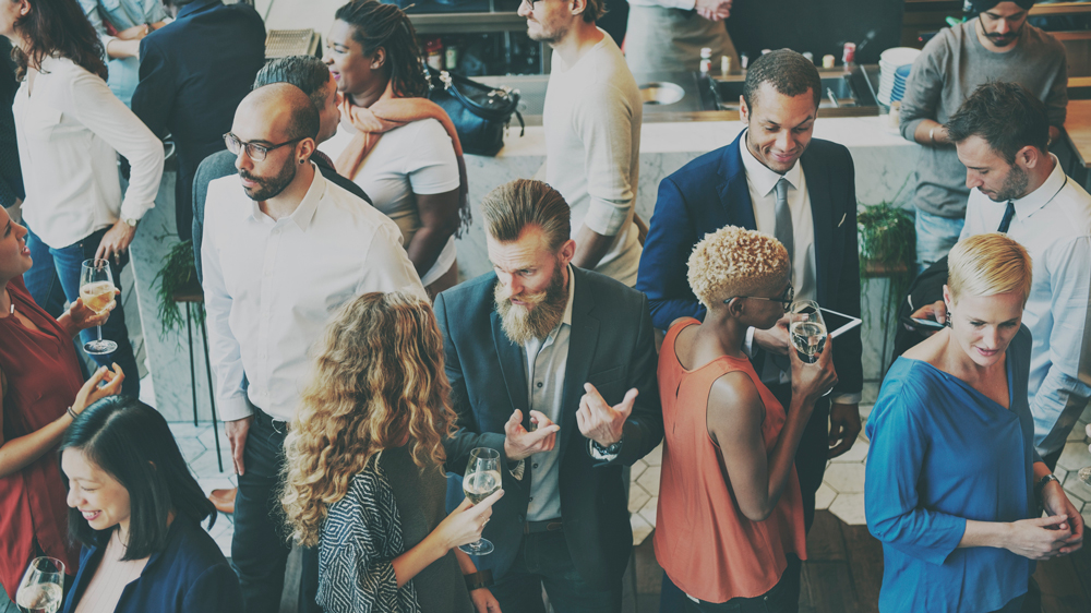 How to network successfully: 19 pro tips