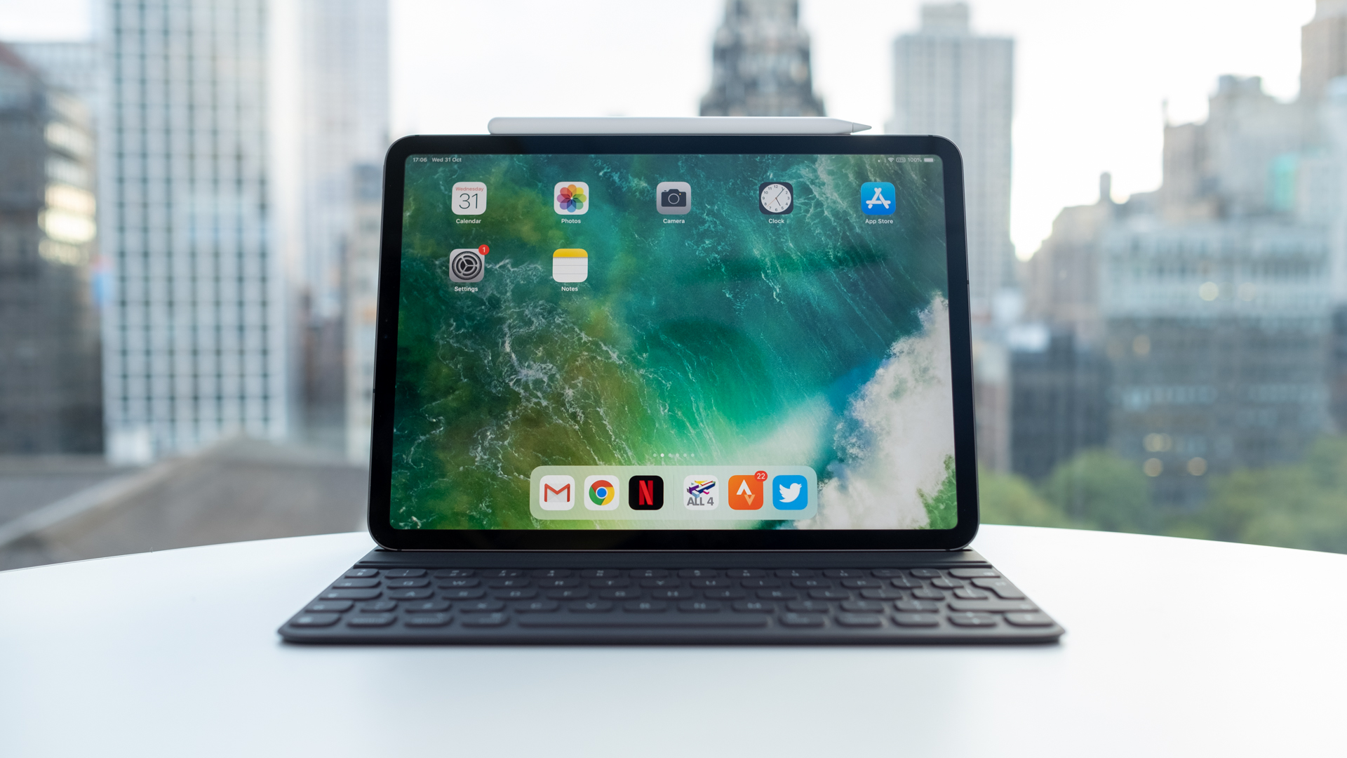 qf8VEqFqS8B9LLJJJkaaaT - Samsung Galaxy Tab S6 vs. iPad Pro (2018)