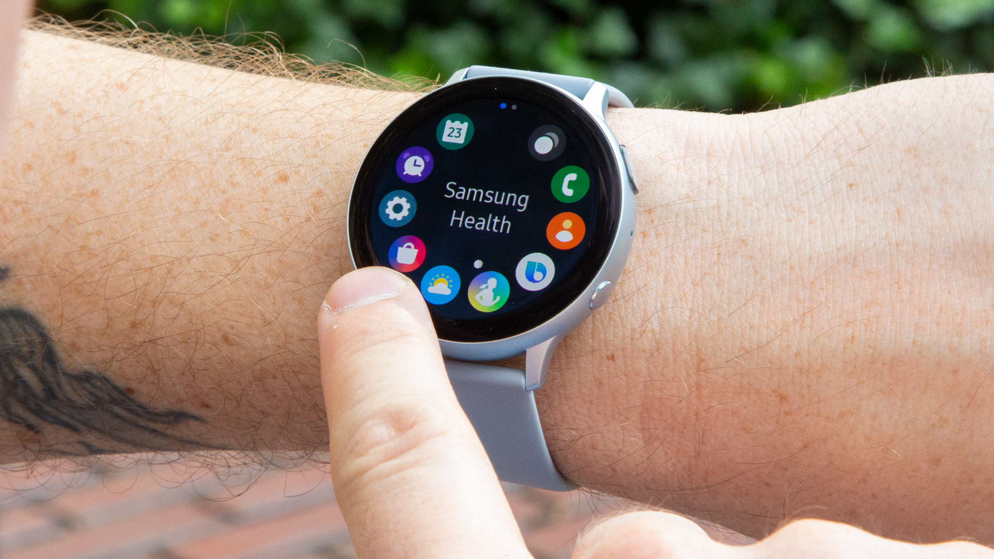 You still can't use one of the Samsung Galaxy Watch Active 2's key features