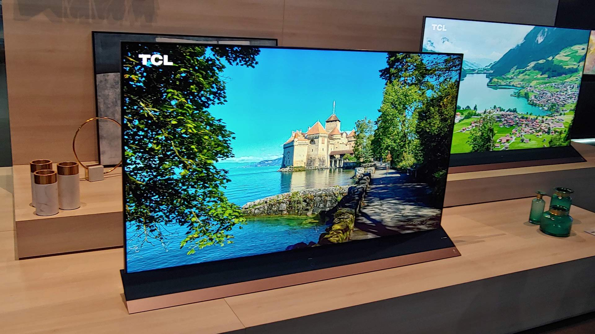 Hypegram First Look Tcl 8k Qled Tv With Dolby Atmos Is An All In