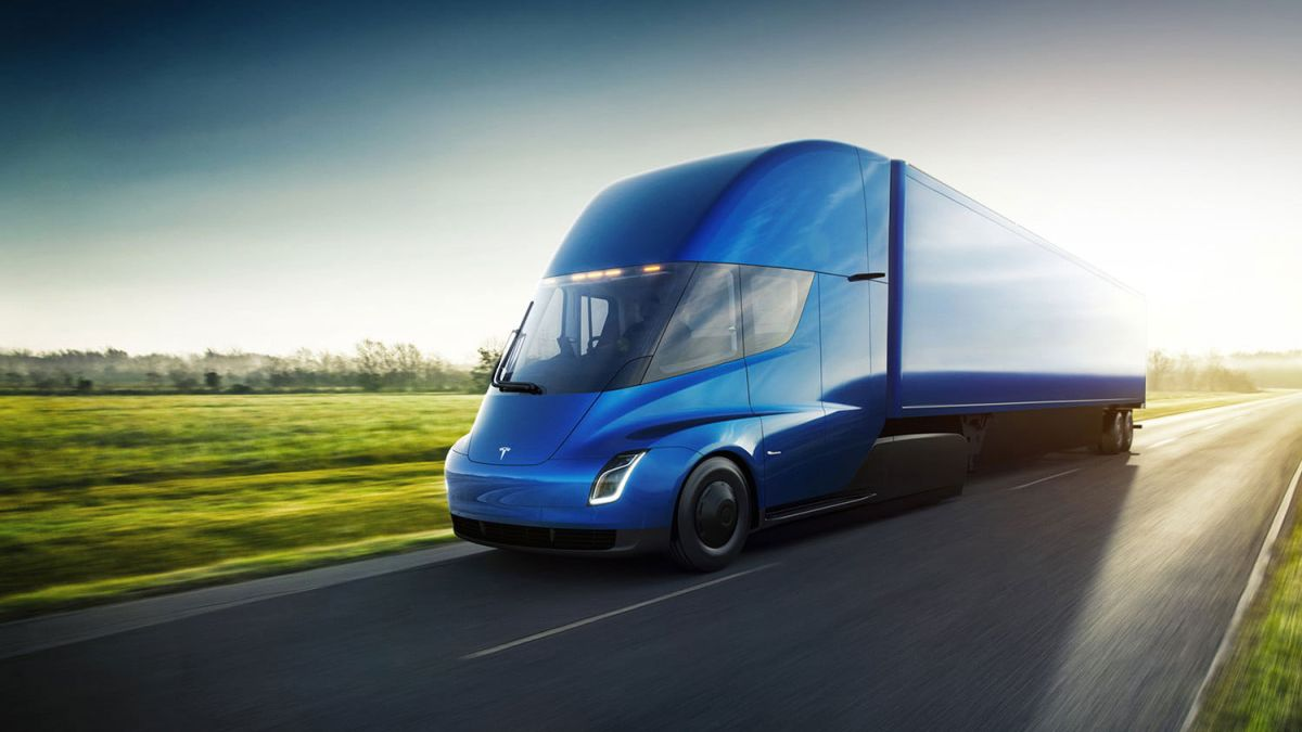 Tesla's new Semi truck is capable of driverless convoy