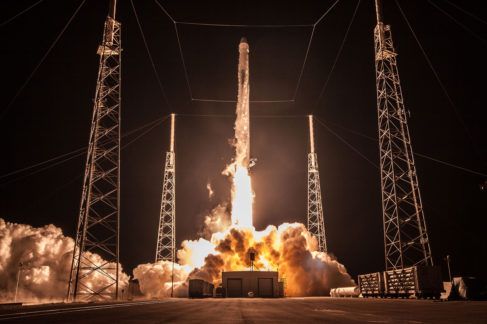 SpaceX's Next Space Station Cargo Launch Delayed to April 30